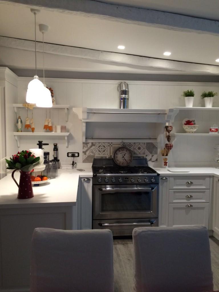 Arco arredo art design in dupont corian cucine in for Top cucina corian